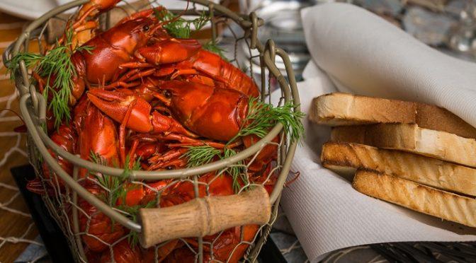 Crayfish menus in Meripaviljonki from 21.7.